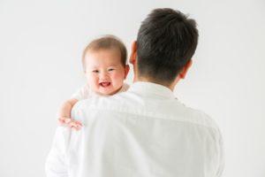 子育てママは飲み会行けない?赤ちゃんのお世話はパパ?その頻度は?