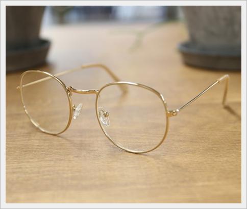 [今日好き紫陽花編]ふゆみの私服がおしゃれ!眼鏡はどこのブランド?3